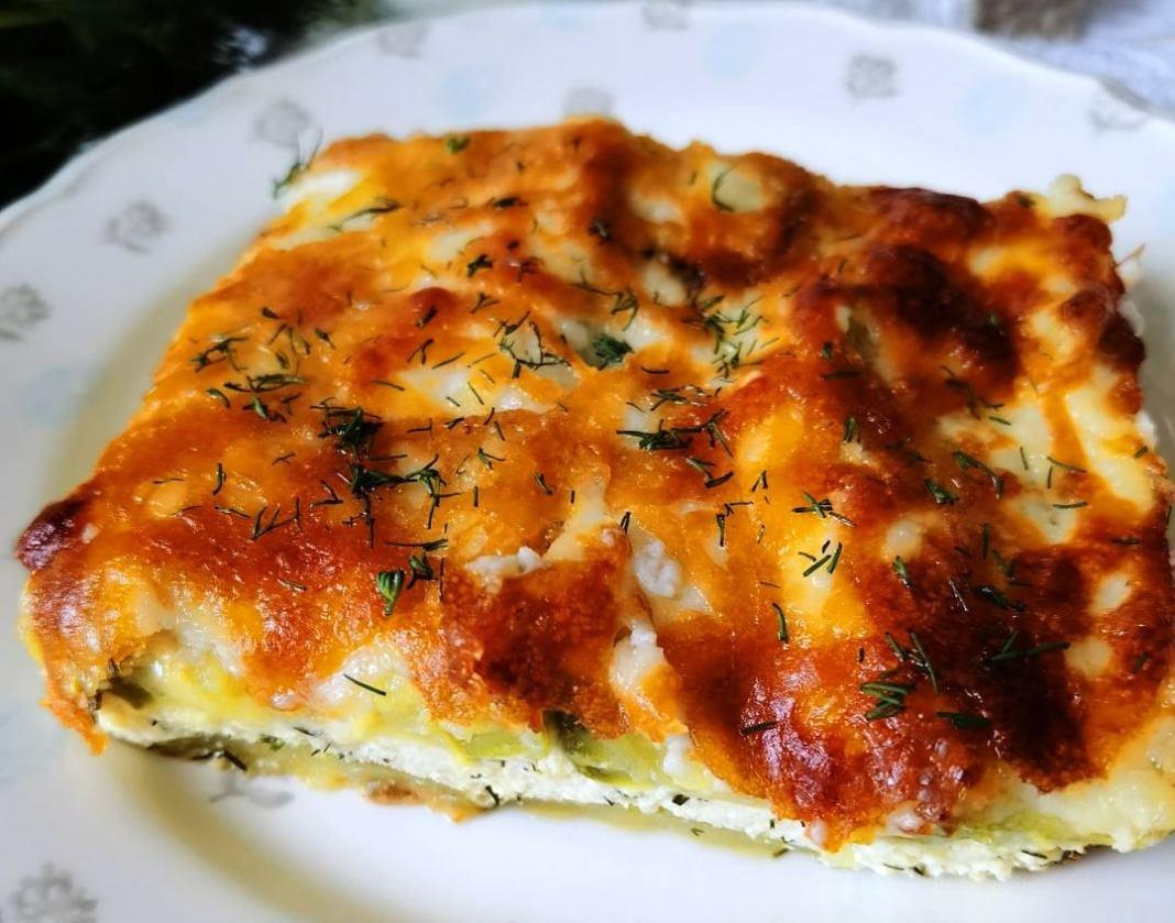 Κολοκυθοτυρόπιτα με σάλτσα μπεσαμελ