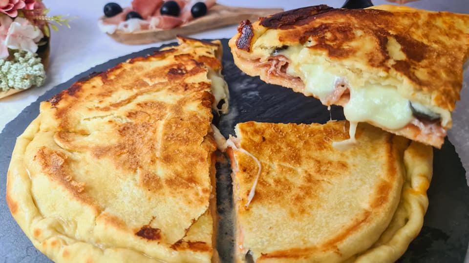 Γεμιστή Ζύμη με ζαμπόν και τυρί