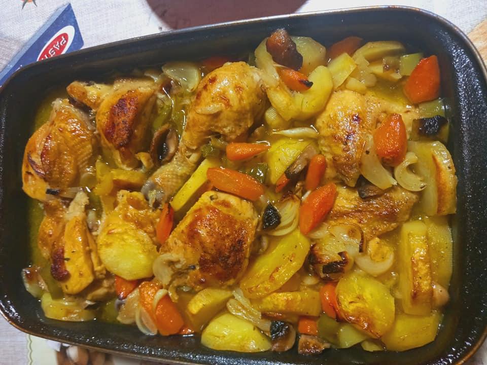 Σπιτικό κοτόπουλο με λαχανικά!