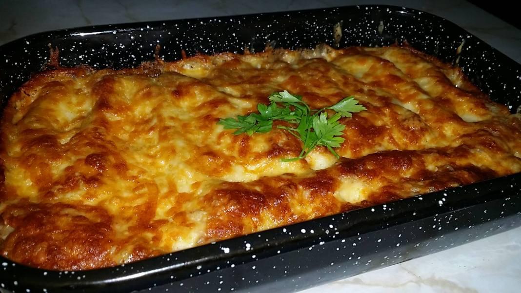 Κανελόνια με κρεμα και τυρί