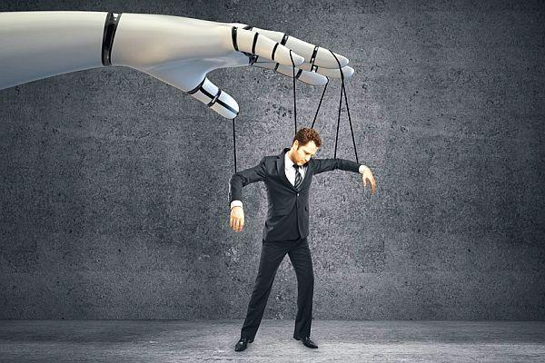 Katil Olan Teknoloji mi İnsan mı?