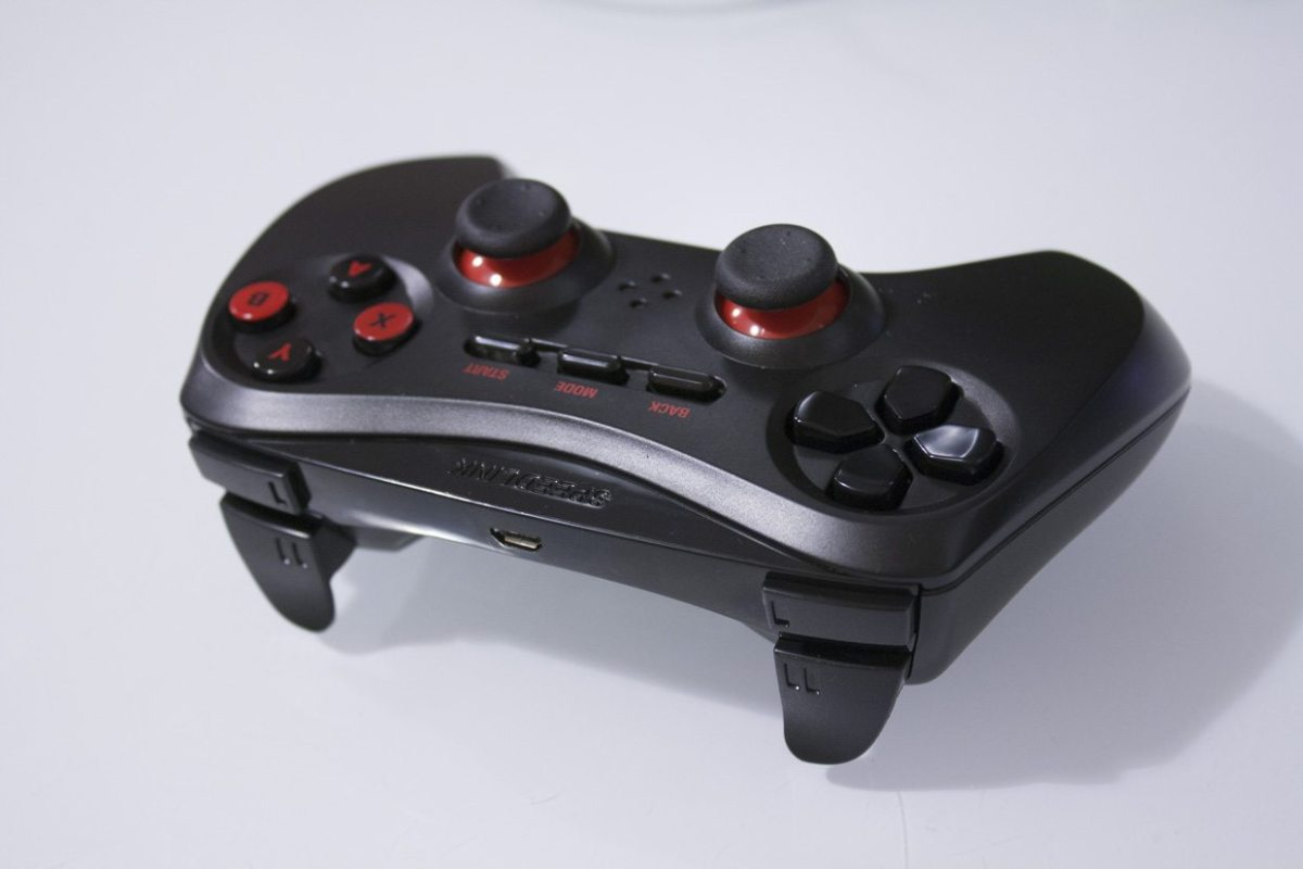 Speedlink Strike NX wireless gamepad review: cheap cheap - Review
