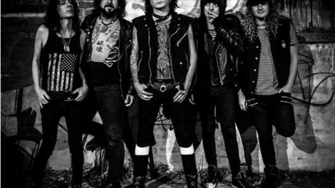 Phil Lewis From L.A. Guns Discusses New Album, Reunion With Tracii Guns and More!