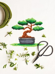 PixlStitch's Bonsai design from Issue 4