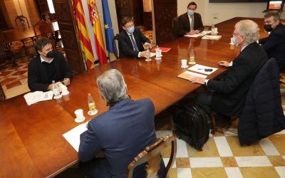 Ximo Puig destaca la necessitat de conjuminar esforços per a rescatar i modernitzar el sector turístic