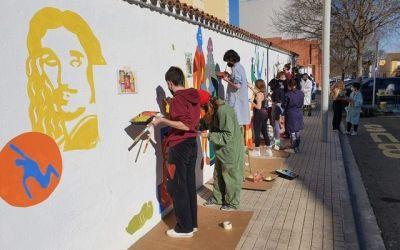Els alumnes de l'IES Josep de Ribera de Xàtiva tributen un colorit homenatge a l'insigne pintor que dóna nom al centre