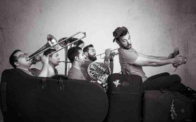 """El quintet de metalls """"Back to Brass"""" visita divendres el col·legi del Genovés"""