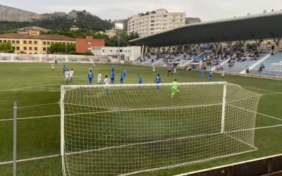 Empat sense gols en el derbi xativí de Segona Regional