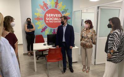 Rosa Molero visita el nou Punt de Trobada Familiar de Xàtiva
