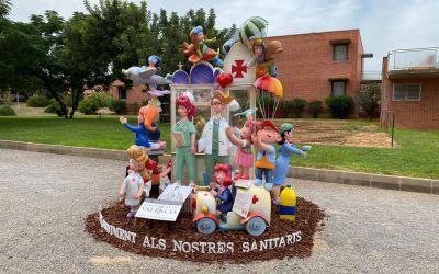 La Diputació i el Gremi d'Artistes Fallers homenatgen sanitaris i residències amb 15 monuments infantils