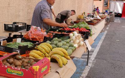El mercat ambulant de Xàtiva torna a la plaça del Mercat
