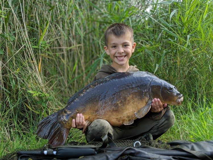 the hatrick of the lakes big carp