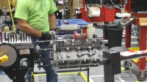 Corvette V8 LSX Crankshaft Installation