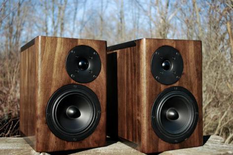 Florians 2-way Speakers