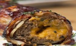 Receita de Almôndegas com cebola bacon e queijo