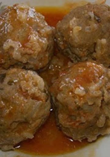 Bolinhos de Carne Grega Youvarlakia