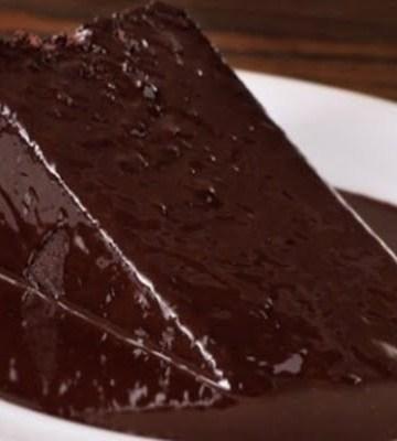 Receita de Bolo Molhadinho de Chocolate
