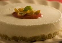 Receita de Cheesecake com calda de morango light