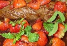 Filet grelhado com molho de morango