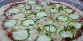Pizza de abobrinha e Mozzarella