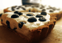 Torta de Iogurte e Mirtilos