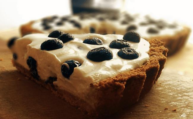 Receita de Torta de Iogurte e Mirtilos