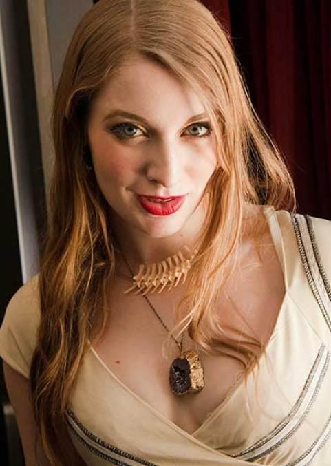 Ela Darling Porn Actress Photo