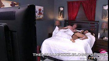 Xvideos gostosa do peitão brincando de sexo com seu namorado em video porno grátis