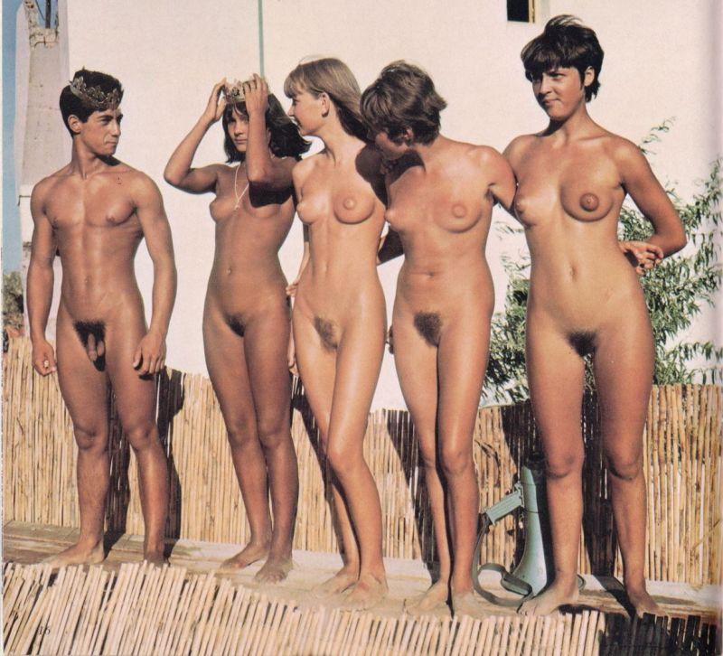 tumblr groups of nude women