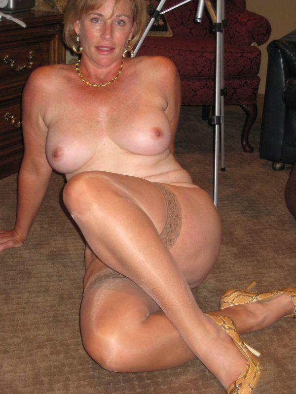 hot wife mature tumblr