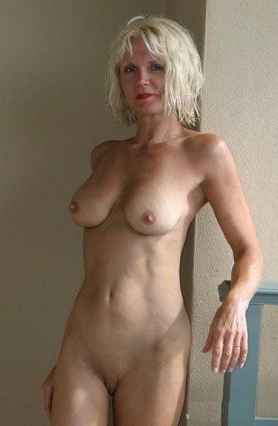 mature fit naked women tumblr