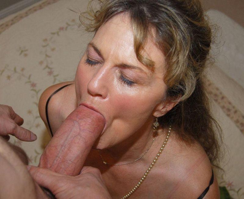 tumblr wife sucking dick
