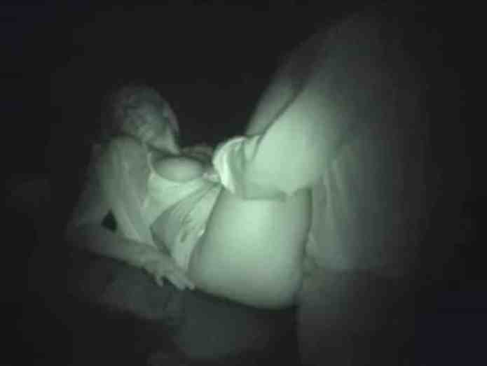 wife dogging at night fucking strangers