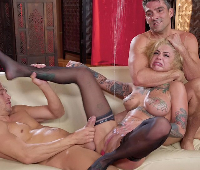 Bonnie Rotten Having A Massive Squirt During A Hardcore Threesome Xxxymovies Com
