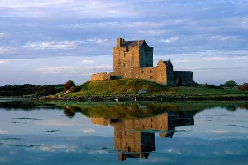 Dunghuaire CAstle on the WAW