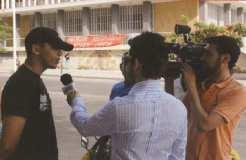 Θεσσαλονίκη, 2007: Πορεία υπέρ Ιράκ και ενάντια σε ΗΠΑ. Ο Κασιδιάρης συνέντευξη σε τηλεοπτικά συνεργεία.