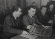 Από άγνωστη εκδήλωση: Από αριστερά: Θανάσης Γεωργίου, Αντιστράτηγος Κικίτσας, Γερμανός αξιωματούχος της Επιτροπής Βοήθειας