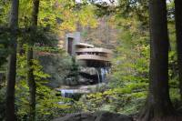 When Buildings Blend with Nature: On Frank Lloyd Wrights ...