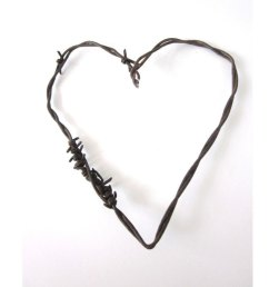 wild west clipart barbed wire rusty heart the mended picture library library [ 956 x 956 Pixel ]