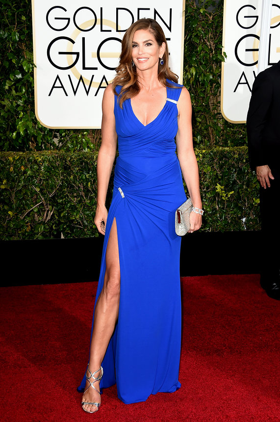 Cindy Crawford in Versace and Harry Winston jewelry