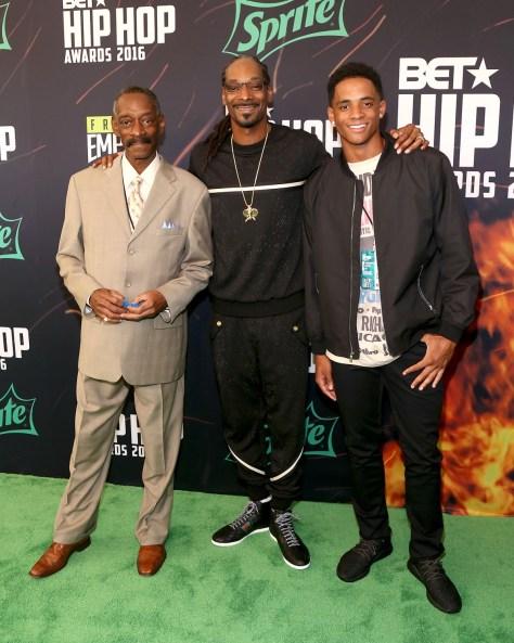 (L-R) Vernell Varnado, Snoop Dogg, Cordell Broadus