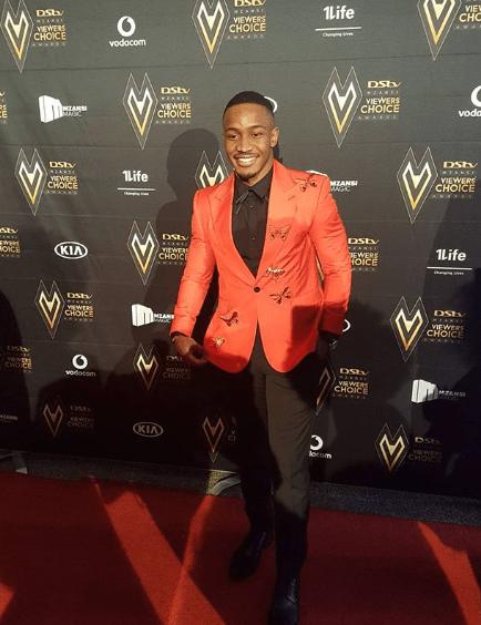 dstv-mzansi-viewers-choice-awards-2017-lunga-shabala
