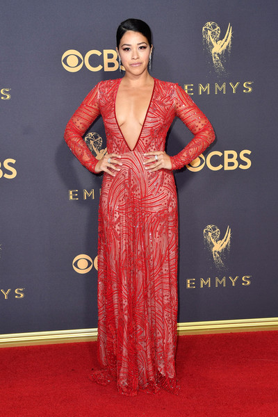 69th-Annual-Primetime-Emmy-Awards-Gina-Rodriguez-emmys-2017
