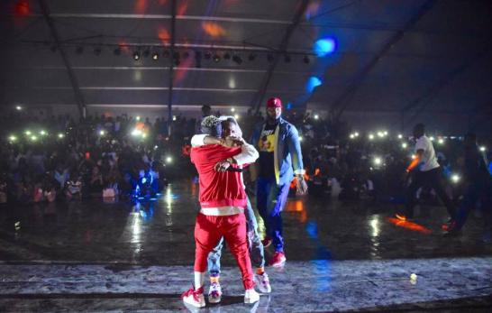 Wizkid & Shatta Wale End Beef At Ghana Meets Naija 2018