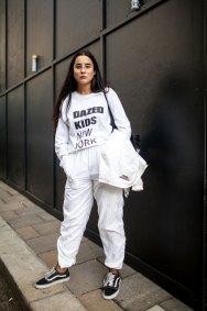 street-style-london-fashion-week-aw17-photos-09