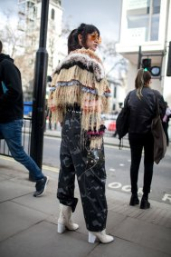 street-style-london-fashion-week-aw17-photos-12