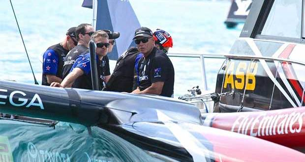 Grant Dalton with the Emirates Team NZ support crew - Round Robin 2 - America's Cup 2017, May 31, 2017 Great Sound Bermuda © Richard Gladwell www.photosport.co.nz