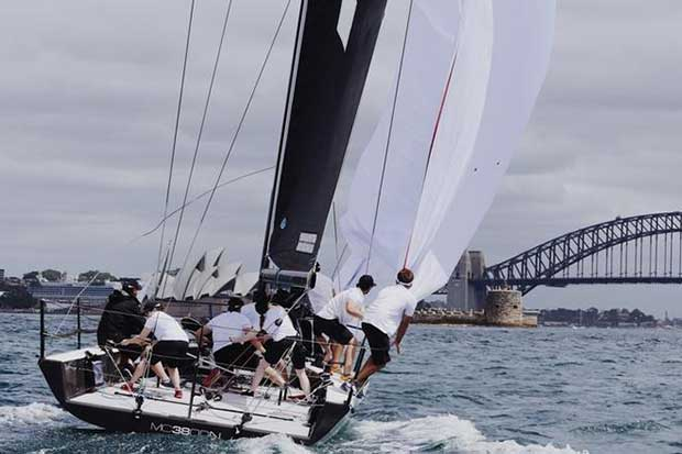 Lightspeed and Harbour Bridge – MC38 Summer Series Act 1 © Tilly Lock Media