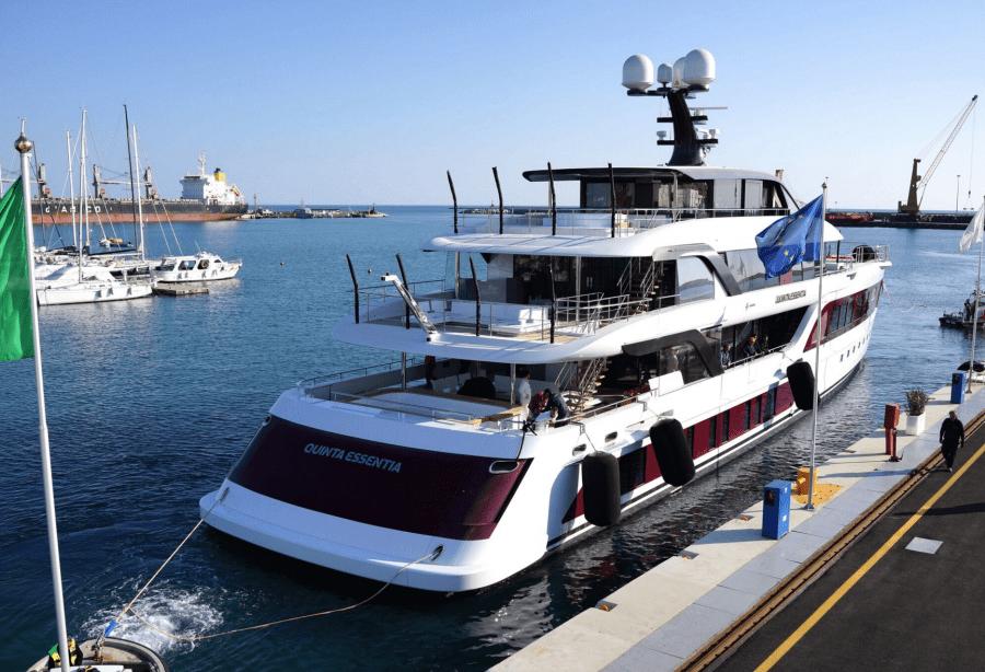 Motor Yacht Quinta Essentia Admiral Yacht Harbour