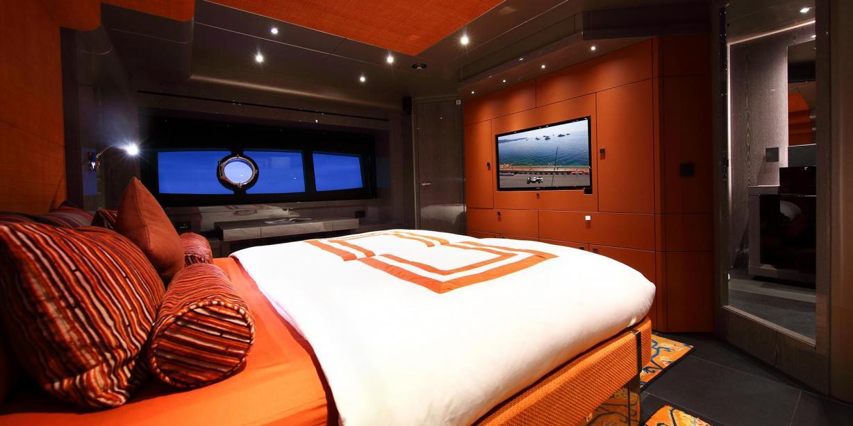 Motor Yacht Mirka Sunseeker Yacht Harbour